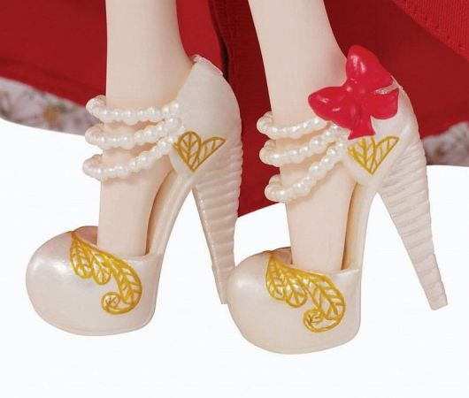 Lalka Ever After High Legacy Day Apple White